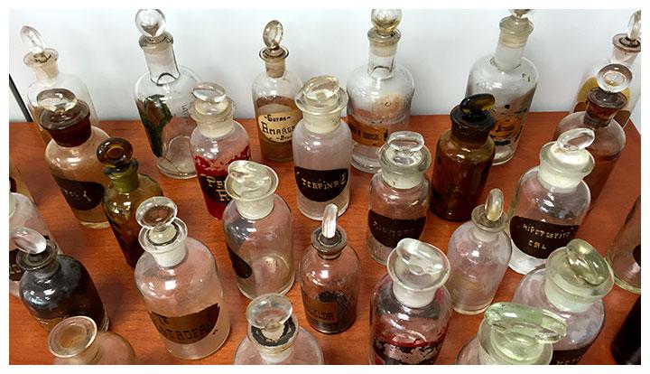 Envases de cosmética antiguos