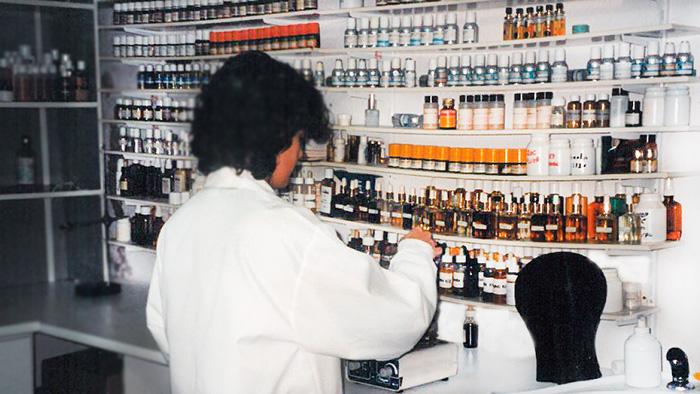 Primer laboratorio de cosmética